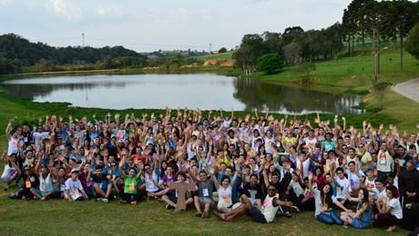 Centenas de jovens uniram-se para celebrar a fé num itinerário que percorreu três cidades.