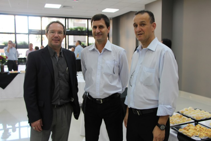 Convidados da FAE para a inauguração do Centro de Excelência em Operações.