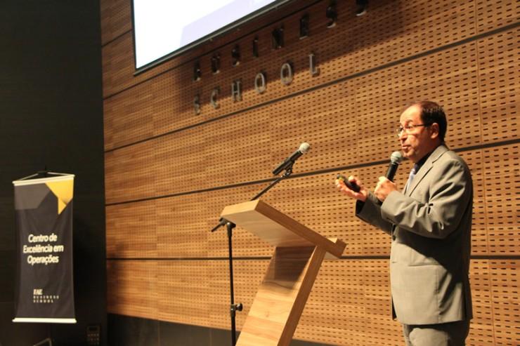 O palestrante Jorge Muniz é professor da Unesp e principal referência nacional na área de Gestão do Conhecimento em Operações.