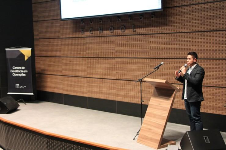 Bruno Katsuki concluiu o curso de Engenharia de Produção da FAE em 2015.