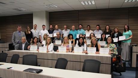 Programa de ensino In Company certificou 90 profissionais em parceria com o Sistema FAEP/SENAR-PR
