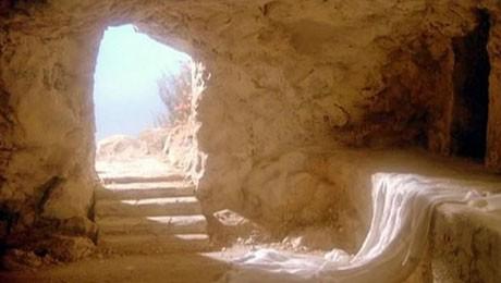 FAE celebra a ressureição de Cristo na Capela Bom Jesus.