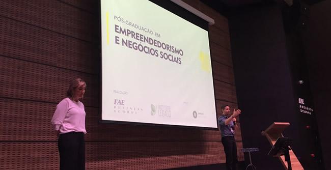 Palestra promoveu debate entre líderes e inaugurou dois cursos de pós-graduação da FAE