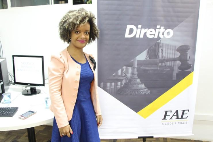 A palestrante Dr.ª Francielle Nascimento falou sobre: Uma década de Lei Maria da Penha: avanços, obstáculos e perspectivas no combate à violência contra a mulher.