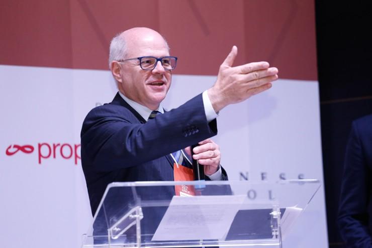 Paulo César Nauiack, presidente do Sindicato dos Representantes Comerciais Autônomos e Empresas de Representações do Paraná (SIRECOM-PR).