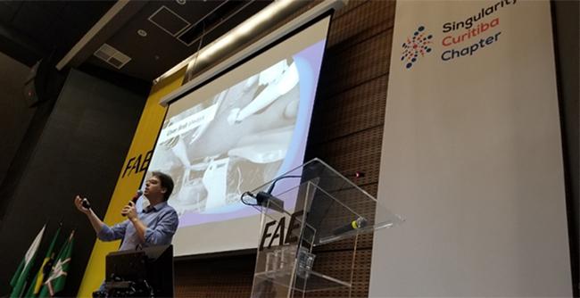 Palestra sobre Tecnologias Exponenciais deu o ponta pé inicial e agora a FAE se torna um Host Partner da instituição