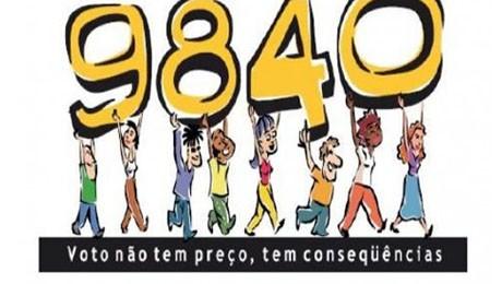 Diretório Acadêmico de Direito da FAE atua com OAB-PR em ação para conscientizar eleitores.