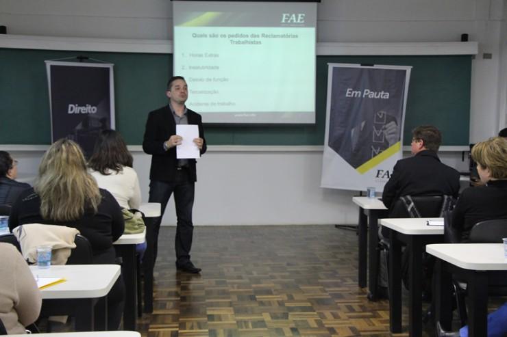 O especialista em Recursos Humanos, Fábio Miguel Lechiu, foi um dos palestrantes.