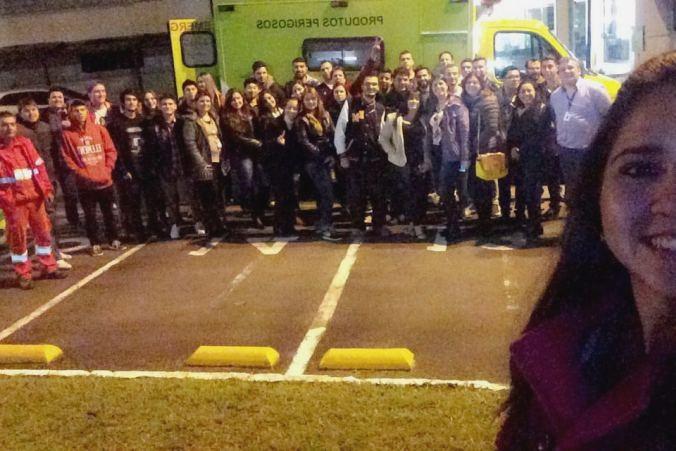 Grupo de alunos que realizou a visita técnica junto ao instrutor da Ecovia