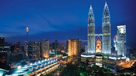 Alunos do 3º ano do MEP aprendem como negociar em Kuala Lumpur e Cingapura.