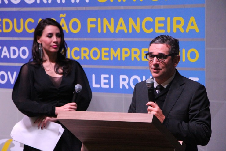 Ronie Pires, diretor de Mercado da RICTV Record Paraná.