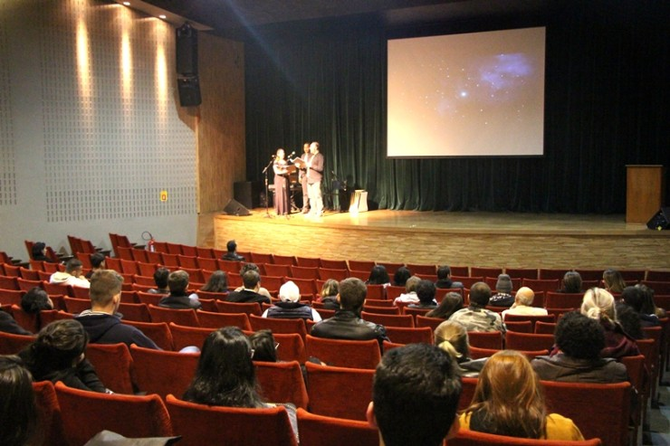 Coral FAE abriu o evento em Curitiba