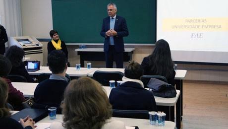 Iniciativa tem por objetivo incentivar o intercâmbio de experiências de gestão entre o mercado e o meio acadêmico.