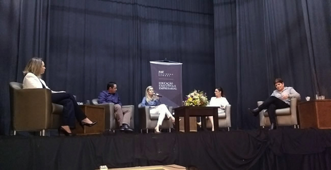 FAE Business School de Blumenau debateu a área de Recursos Humanos de forma mais estratégica