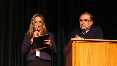 FAE promove palestra com Secretário Municipal de Gestão, Planejamento e Administração de Curitiba; no Teatro Bom Jesus