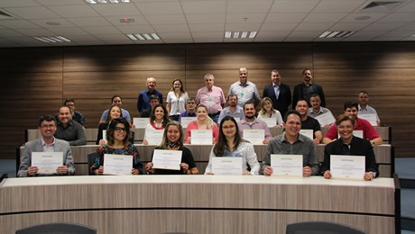 FAE Business School certifica segunda turma de profissionais do Senar