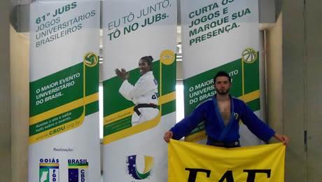 Aluno da FAE fica entre os cinco melhores judocas universitários do Brasil.