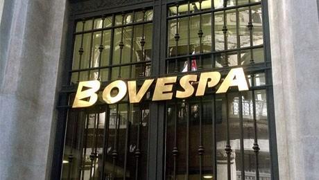 Alunos de Ciências Econômicas visitam a FIPE e a BM&F Bovespa.