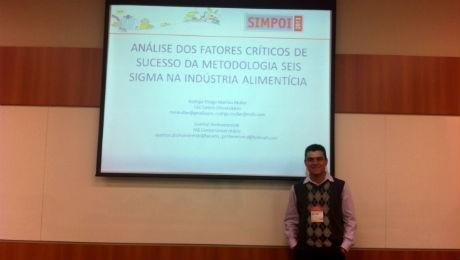 Aluno de Engenharia de Produção publica artigo em evento científico.