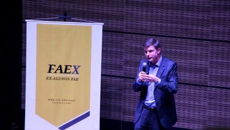 Evento foi realizado pelo Programa de Relacionamento com Ex-alunos da FAE, o FAEx