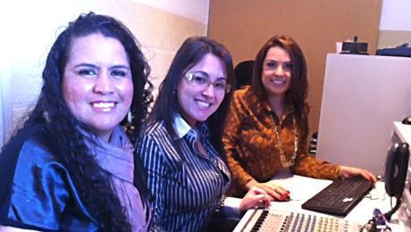 Alunas da FAE escrevem projeto financiado por empresas parceiras da Unicef Brasil.
