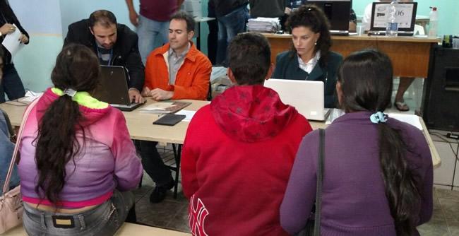 Tânia Francisca dos Santos participou da ação do TJ-PR que beneficiou 500 famílias no Vale do Ribeira