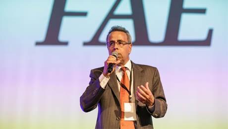 FAE patrocina evento, realizado pelo Jornal Gazeta do Povo, para pequenas e médias empresas.