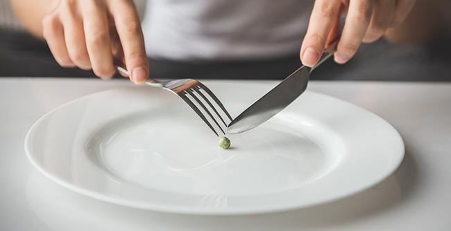 Como a capacitação profissional pode auxiliar no trabalho com o comportamento alimentar e suas patologias