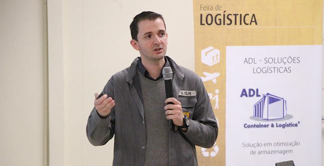Evento promoveu palestra e apresentação de projetos realizados pelos acadêmicos