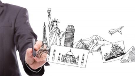 Amanhã (20), dois eventos agitam o dia do acadêmico que quer viajar para o exterior.