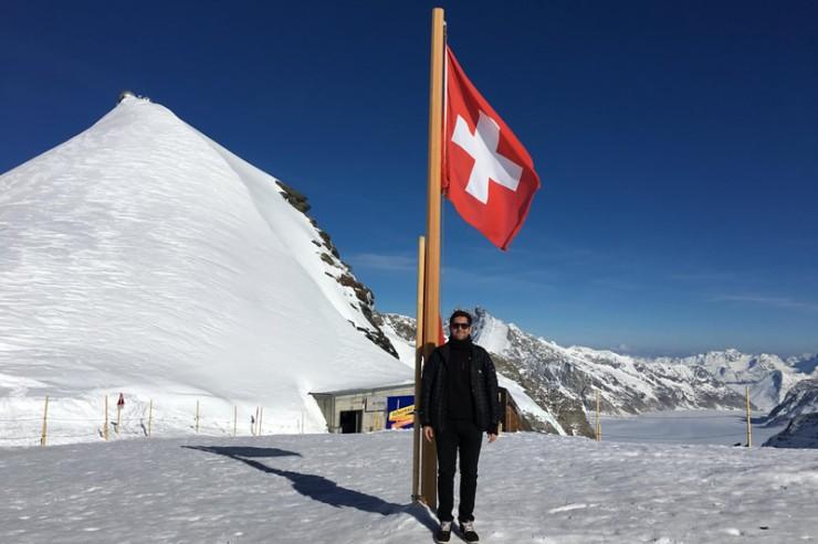 Rafael Holtz Betiol durante intecâmbio na Suíça.