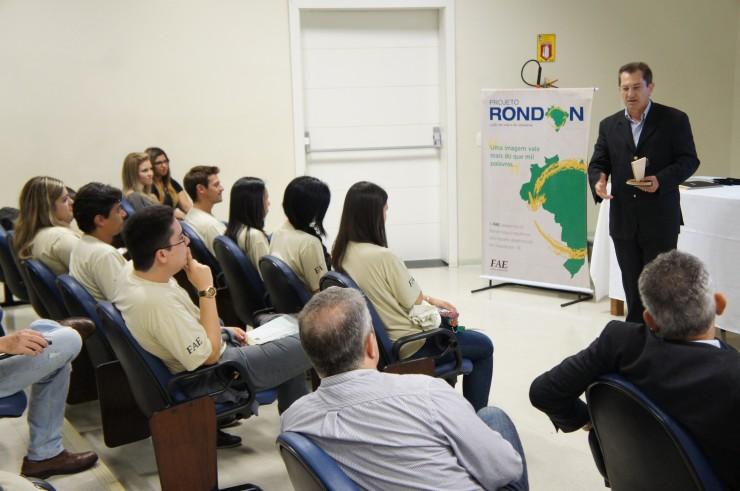 O Reitor da FAE, Frei Nelson José Hillesheim, fala sobre o orgulho da Instituição em ter participado do Projeto Rondon e parabeniza os rondonistas.
