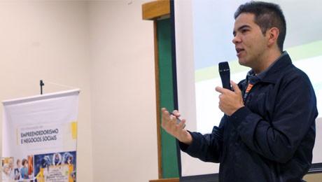 Rodrigo Brito apresenta experiências e inovações para impactos social e ambiental.