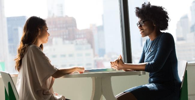 Especialista tem a função de promover o alinhamento entre todos os setores do negócio e o RH (Foto: Unsplash | Christina @wocintechchat.com)