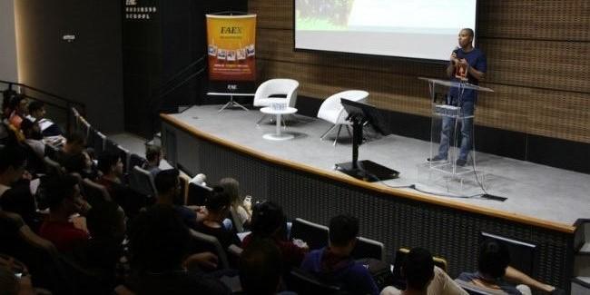 FAEx realiza bate-papo sobre empreendedorismo com cases curitibanos de sucesso