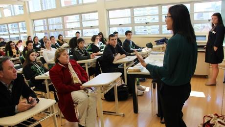 Escritório EducationUSA aproxima alunos da FAE e do Bom Jesus de universidades norte-americanas