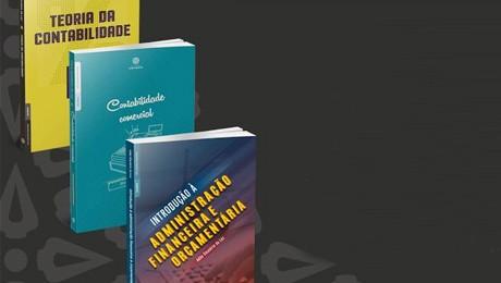 Coordenador do curso de Ciências Contábeis realiza o lançamento de seus novos livros.