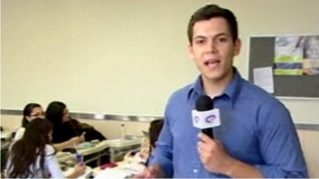 Rádio Web e o programa E-Manhã, da TV E-Paraná, colocam cursos da FAE em pauta.