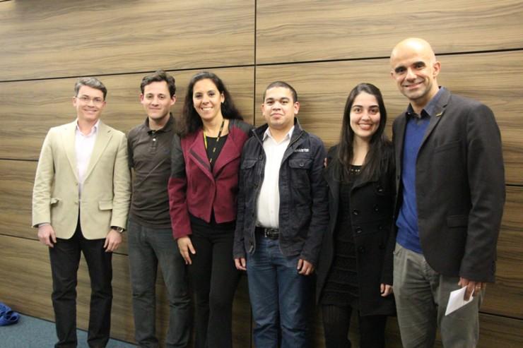 Equipe responsável por apresentar o projeto da empresa Mondelez