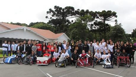 Competição de carros de inércia foi realizada no último sábado, dia 19