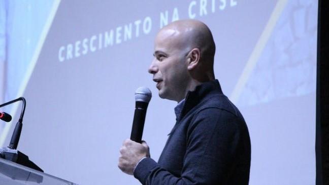 Programa de ex-alunos trouxe Personalidade de Marketing de 2017 para falar sobre o tema abordando um case curitibano
