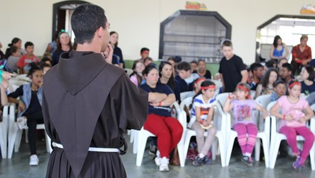 Atividades foram desenvolvidas durante 2016 em parceria com os frades franciscanos