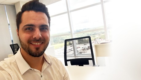 Saiba como ética e valores humanos podem impulsionar a carreira, com Cassiano Tonon, ex-aluno de Administração da FAE
