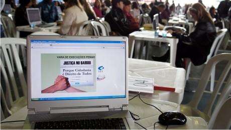 Neste sábado (16), o Bairro Boqueirão recebe o programa Justiça no Bairro. Os serviços serão realizados na Rua da Cidadania do Boqueirão, das 9h às 17h.
