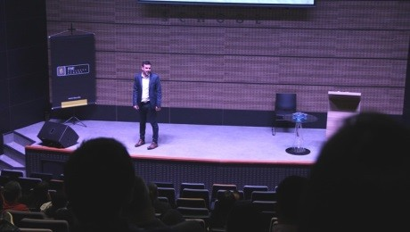 Case curitibano foi tema de palestra na FAE