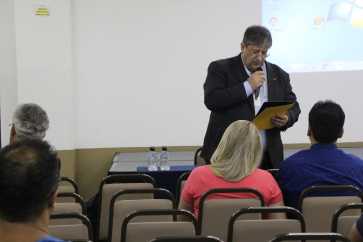 Élcio Douglas Joaquim, diretor acadêmico da FAE São José dos Pinhais.