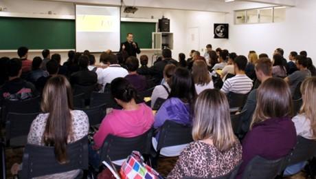 Aulas inaugurais apresentam setores da Instituição e fornecem dicas sobre gestão de carreira.