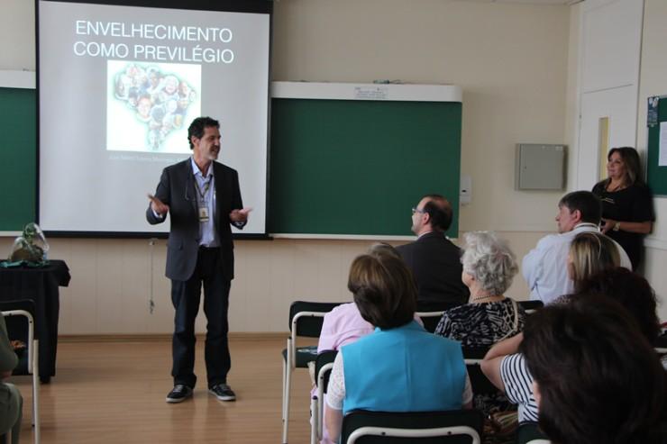 o diretor de campus da FAE Centro Universitário, Marco Antônio R. Pedroso.