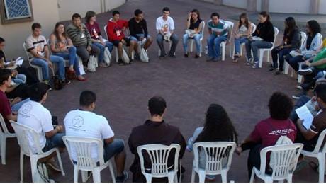 Comunidade acadêmica da FAE participa de evento nacional da Conferência dos Frades Menores do Brasil.