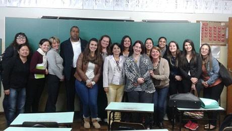 Visita técnica e apresentações complementam teoria aplicada em sala de aula no curso de Pedagogia.